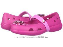 Розовые балетки кроксы crocs kids keeley  Springtime Flat, размер 10