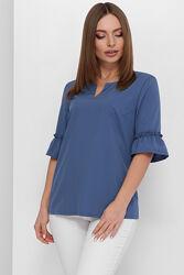 Коллекция стильных женских блузок, ассортимент расцветок