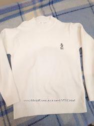 Классный свитерок в хорошем состоянии. 134 см.