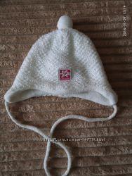 Красивая тёплая шапочка Barbaras для вашей принцессы