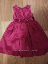 Платье нарядое Аdams на девочку 2-4 года.