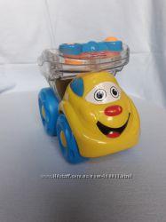 Чудная машинка для малыша Fisher price