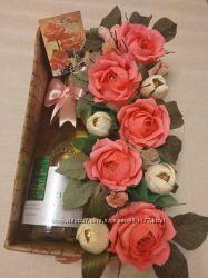 Подарок для женщин букет из конфет в коробке  напиток