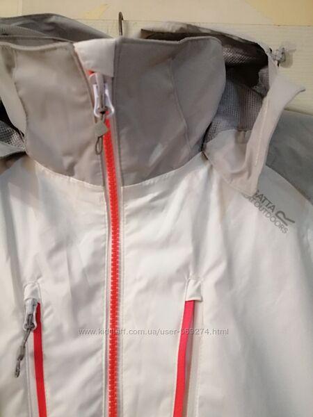 Женская куртка ветровка regatta