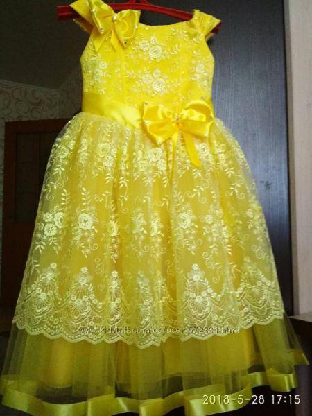 Яркое жёлтое бальное, выпускное платье с кружевом, возраст 6-7 лет