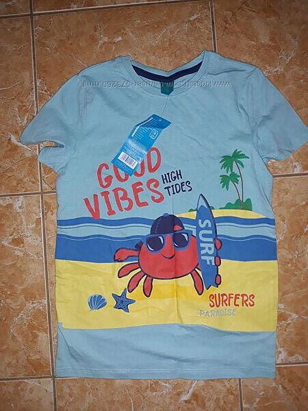 Новая футболка для мальчика фирмы Pepco , на рост 128 см.