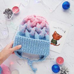 Вязаная шапочка косами градиент  ручной работы
