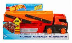Хот Вилс Автовоз Трейлер транспортер на 50 машинок Hot Wheels Mega Hauler