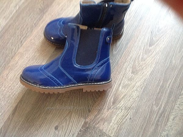Новые ботинки лаковые деми evie shoes. 35 р