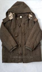 Продам пальто р. 5-6лет