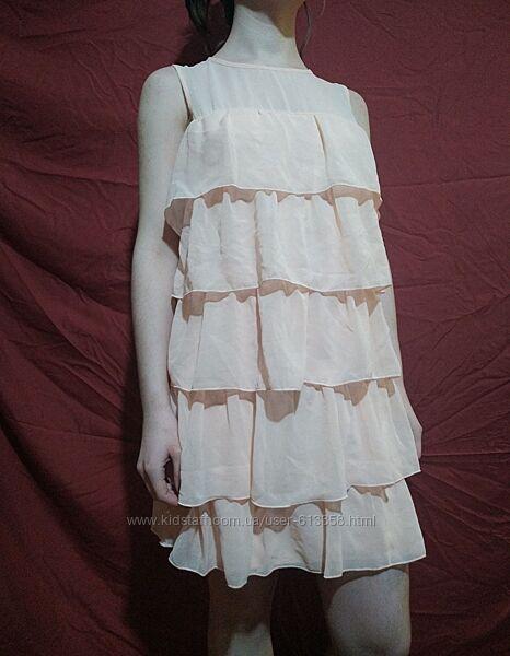 Платье новое красивое размер 12 наш 44-46