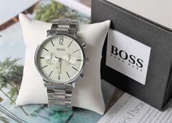 Мужские наручные часы Hugo Boss сееребро черные