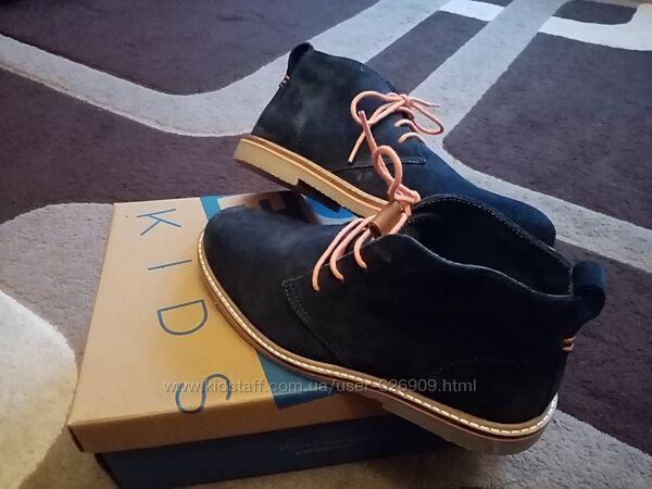 Ботинки замшевые синие 36 р новые