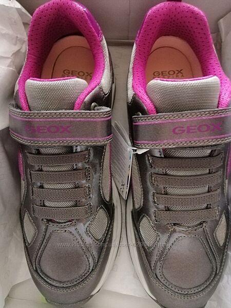 Кожаные кроссовки Geox, 35p.