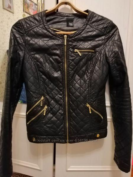 Стеганная куртка из кожзама