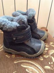 Детские зимние сапожки B&G.