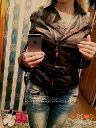 Кожаная куртка-косуха Stradivarius xs-s