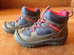 Демисезонные ботиночки OshKosh 14см и зимние сапожки SOREL размер 20