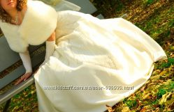 Свадебное платье очень красивое и милое, эксклюзивное