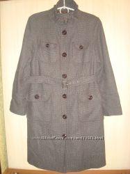 Фирменное пальто Next  размер 50