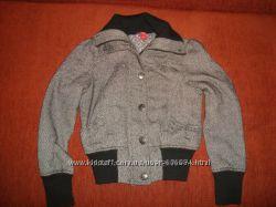 Стильное пальтишко 42 размера в идеале