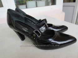 туфли Mascote 38-38, 5 р. бу, лак. кожа