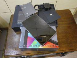 Asus Nexus 7 32GB, Wi-Fi  3G, 7in - 1 Gen
