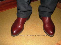 практически новые фирменные ботинки