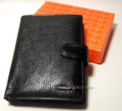 Мужской кошелек, бумажник из натуральной кожи с отделом для паспортa Ек65-1