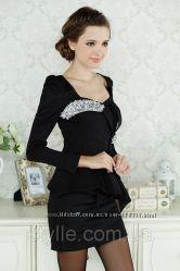 Платье нарядное с баской