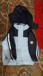 Водонепроникна курточка на 4 роки