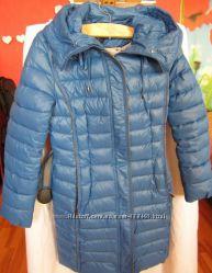 Пальто пуховик синего цвета