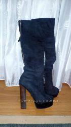 стильные ботфорты на высоком устойчивом каблуке