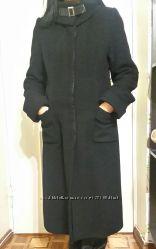 Зимнее пальто в отличнейшем состоянии