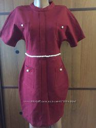 Шикарнейшее очень модное  брендовое платье ELISABETTA FRANCHI CELYNb