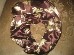 продам шарфы новые атласные.