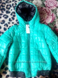Курточка женская размер м.