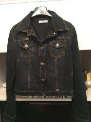 Стильная куртка итальянский бренд размер 38
