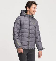 Классная стеганая куртка  C&A на подростка