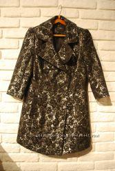 Весенний летний плащ жакет пиджак из парчи New Look