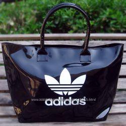 Спортивные сумки- Adidas, Nikе.