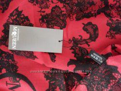 Теплый стильный платок Alexander McQueen