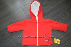 Практичные красные куртяшки для девочек