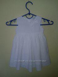 Нежное белое платье из прошвы Mini club