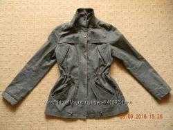 Куртка, легкая парка р. S