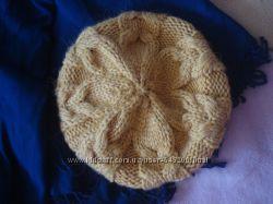 Красивая теплая шапка берет