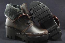 Зимние кожаные ботинки на тракторной платформе