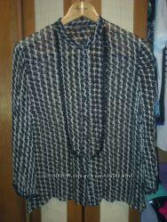 Блузка Marcks&Spenser размер 14 подойдёт на 12 р-р смотрится очень стильно