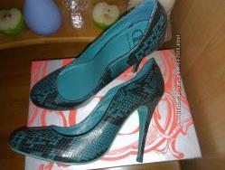 Туфли Kelsi Dagger размер 9 в отличном состоянии