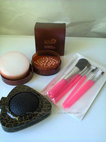 Набор кистей для профессионального макияжа и Пудра-шарики Avon